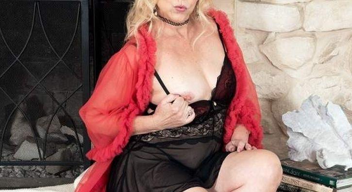 Donna cougar di Torino cerca incontri di sesso