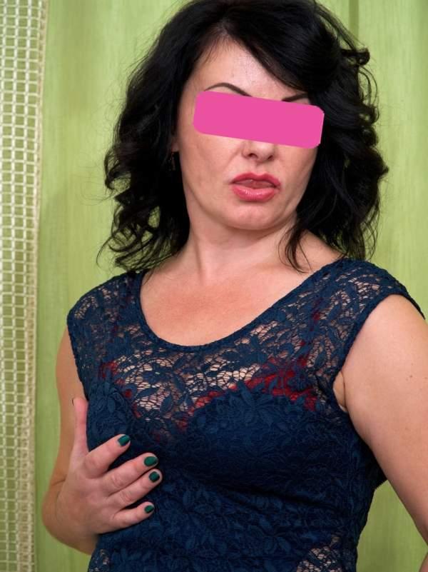 Donna matura per incontri in Puglia - foto 01