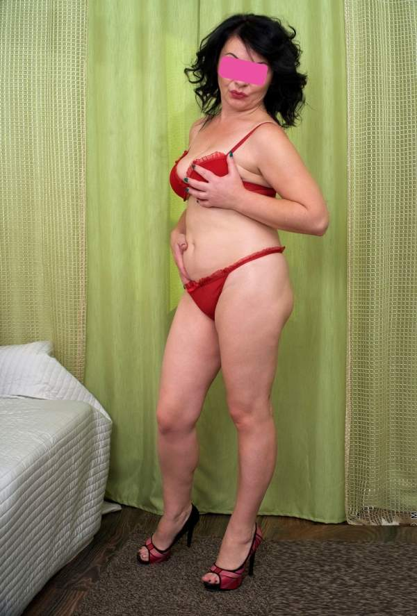 Donna matura per incontri in Puglia - foto 04