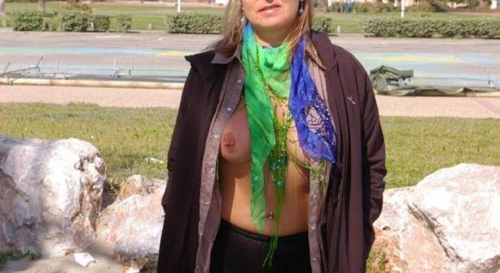 Milf esibizionista di Firenze incontra per sesso