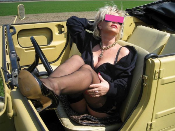 Donna matura per incontri a Foggia quarta foto