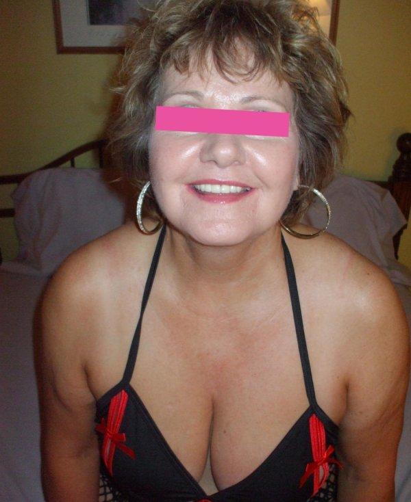 Donna matura per incontri a Forli prima foto