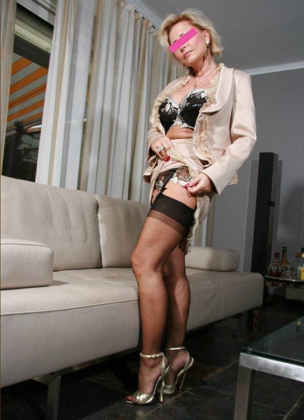 Donna matura per incontri a Gorizia quarta foto