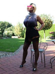 Donna matura per incontri a La Spezia - prima foto