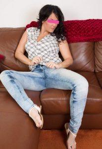 Donna matura per incontri a Massa Carrara - terza foto