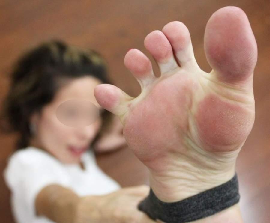 Milf sexy cerca incontri di foot fetish a Napoli